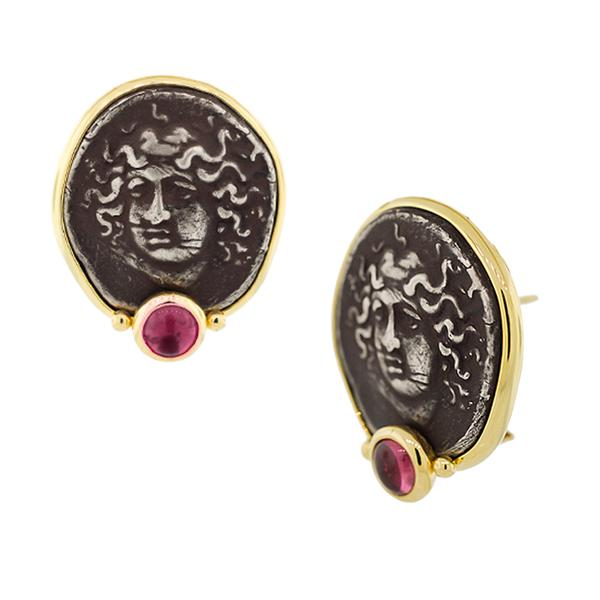 18KT. YELLOW GOLD BEZEL SET S/S POMPEI RELIEF, EARRING WITH ONE PINK TOURMALINE ON OMEGA CLIP BACKS.