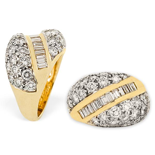 18k Yellow Gold and Pave Diamond Ring