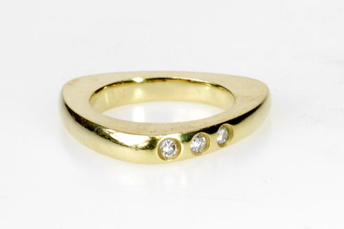 Contemporary Styled 18k Yellow Gold Ring w/ Diamonds