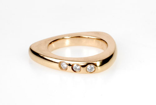 Contemporary Styled 18k Pink Gold Ring w/ Diamonds
