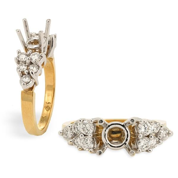 !8k Yellow Gold Mounting w/ Diamonds