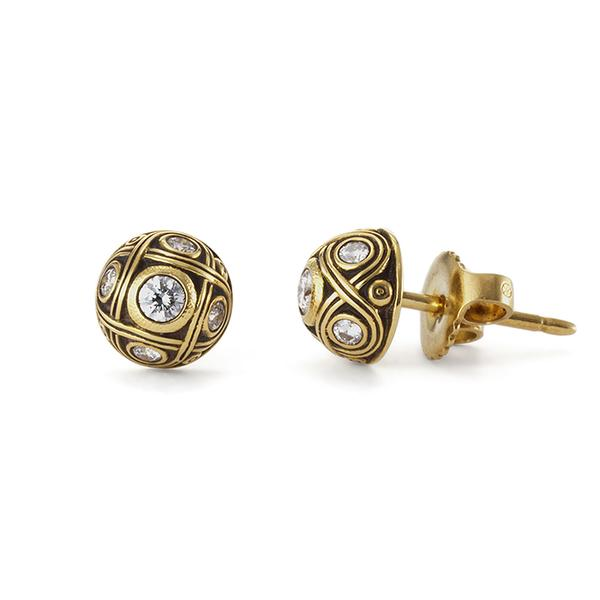 18KT YELLOW GOLD HALF SOMED STUD EARRINGS WITH DIAMONDS. 7MM