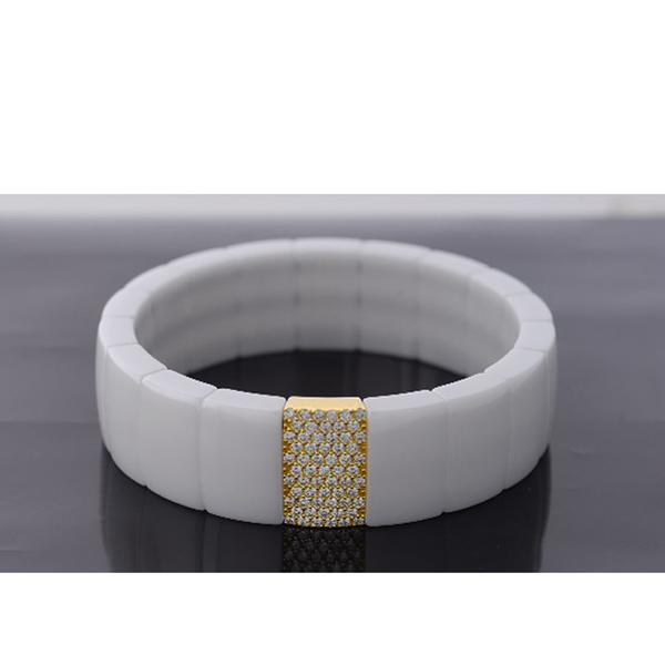 RECTANGULAR WHITE CERAMIC BRACELET.