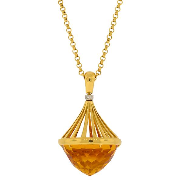 18KT. YELLOW GOLD LARGE CITRINE PENDANT.